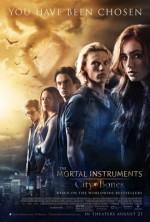 <em>The Mortal Instruments: City of Bones</em>